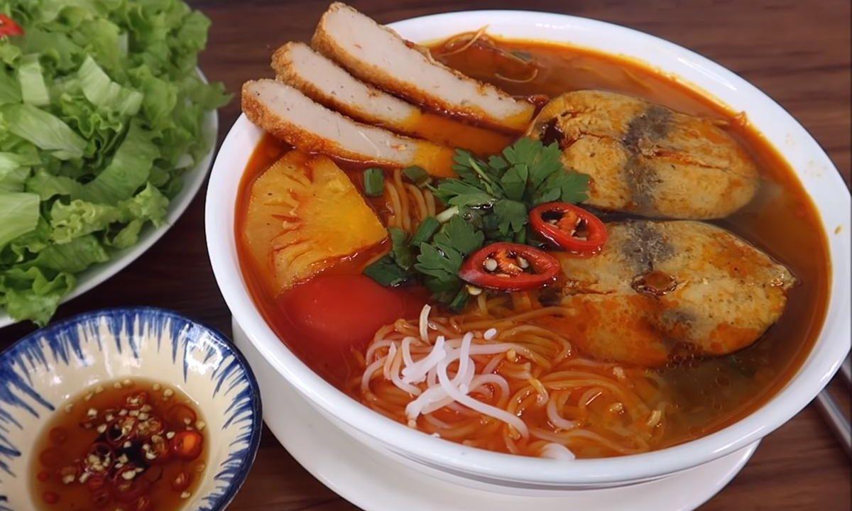 Cách nấu bún cá ngừ ngon đậm chất miền Trung   Món Miền Trung