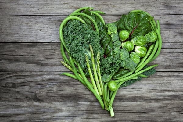 Các loại rau xanh đậm bổ sung chất xơ và tăng nguồn sữa