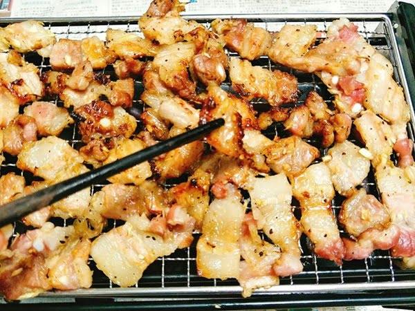 Nướng thịt ba chỉ