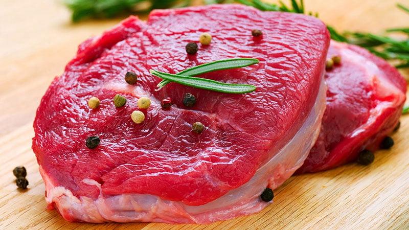 Thịt bò rất giàu dinh dưỡng cho bé